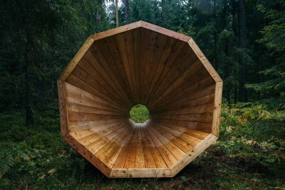 Meganfonët Gjigantë në pyjet e Estoni-së