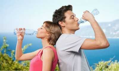 Si mund ta kuroni shëndetin me ujë?