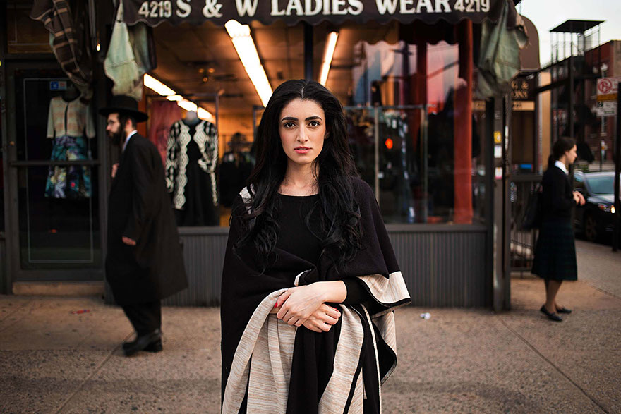 woman-beauty-atlas-mihaela-noroc-178__880