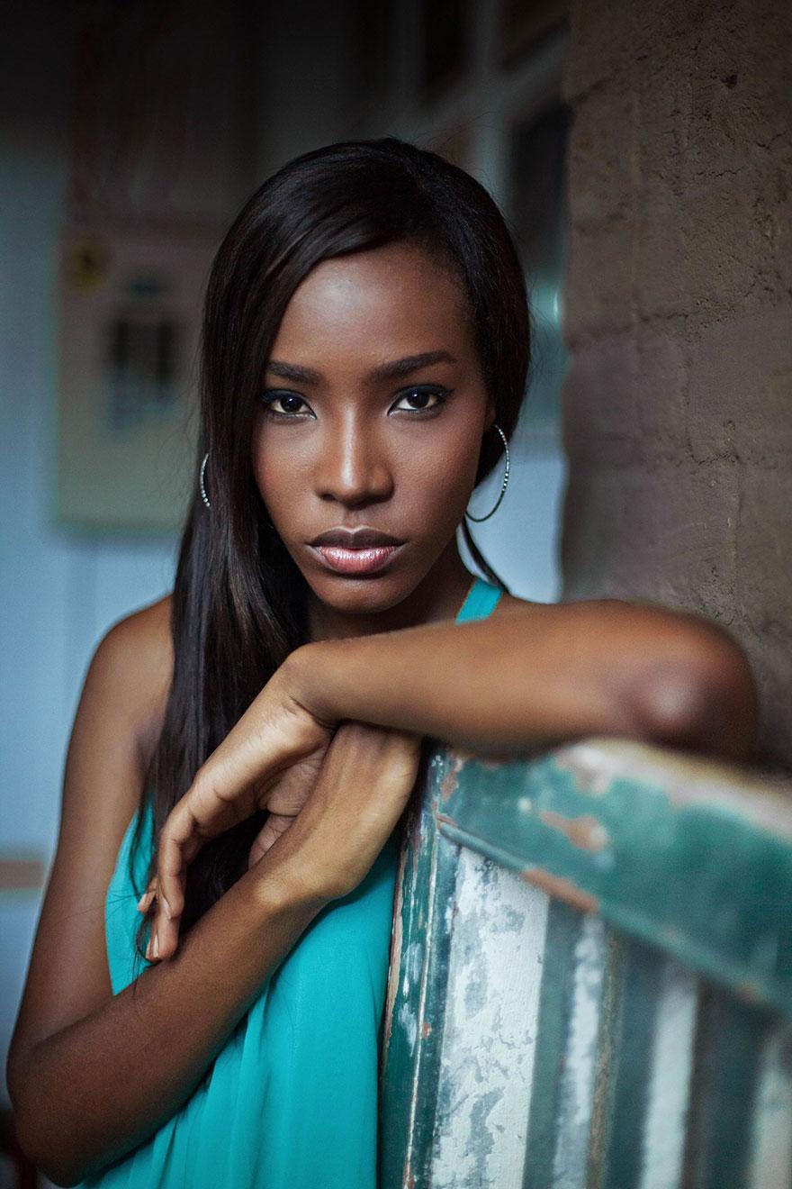 woman-beauty-atlas-mihaela-noroc-190__880