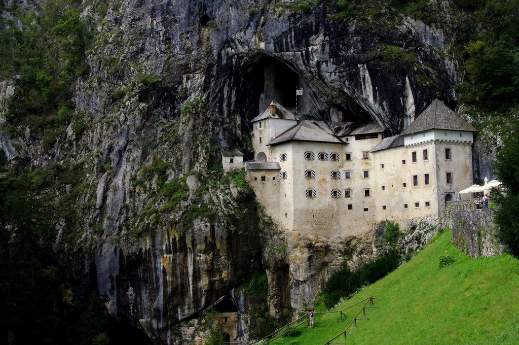 pension_silvia_castle_of_predjama_03