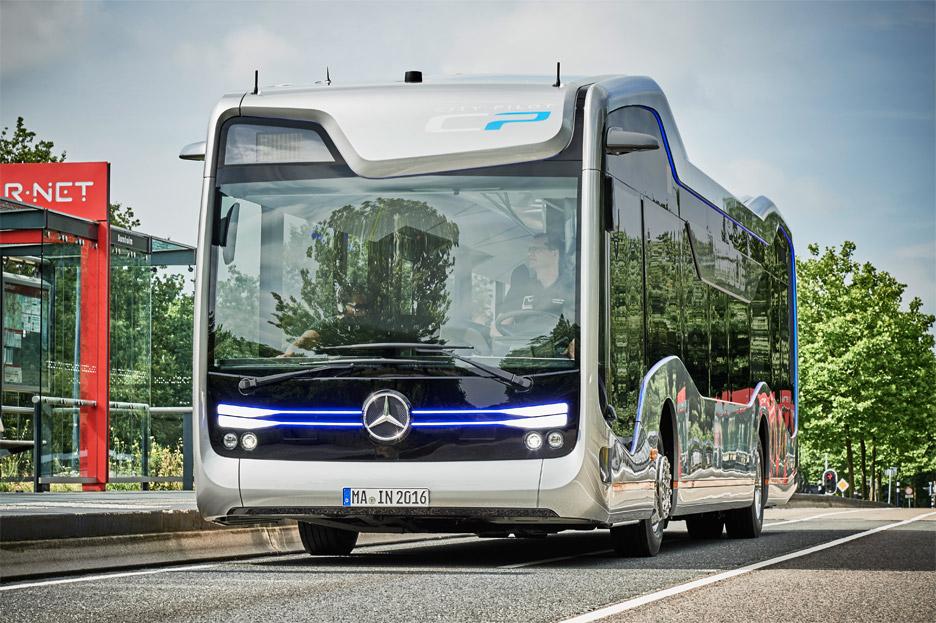 mercedes-benz-future-bus-citypilot-daimler-netherlands_dezeen_936_13