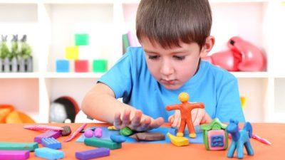 Plastelina Play – Doh për zhvillimin e kreativitetit tek fëmijët (VIDEO)