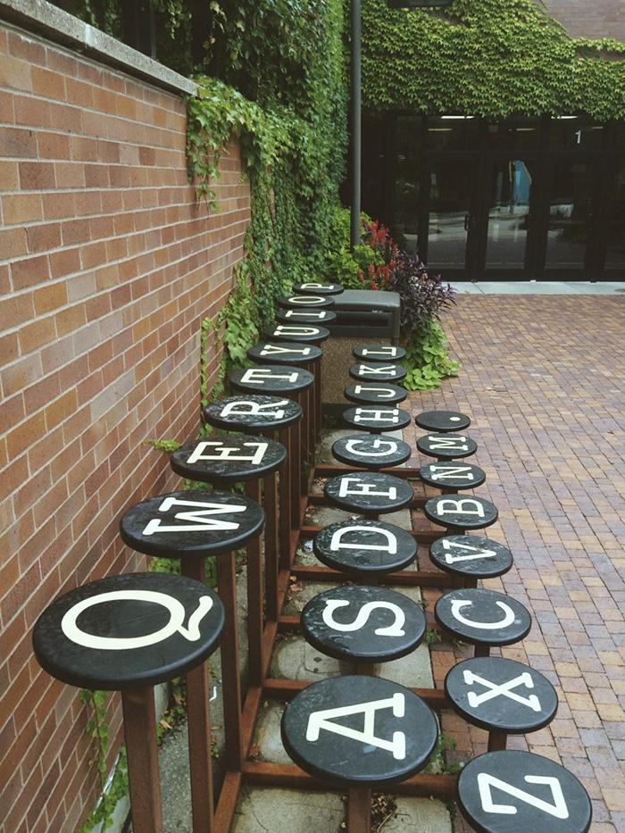 creative-public-benches-71-57e92e28059cf__700