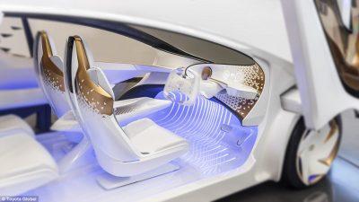 Toyota prezanton vizionin për makinën e së ardhmes (VIDEO)