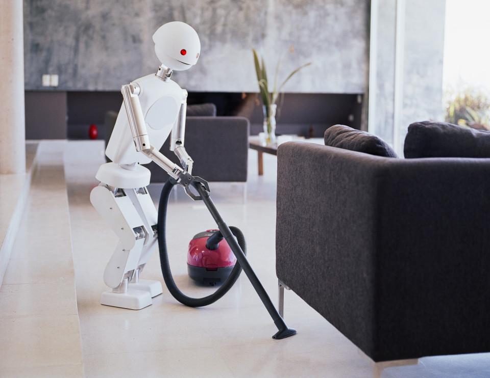 LG prezanton robotin që do të bëjë punët tona të përditshme dhe TV e hollë sa një letër muri