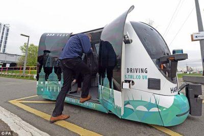 Autobus pa shofer, transporti publik në Britani në vitin 2019