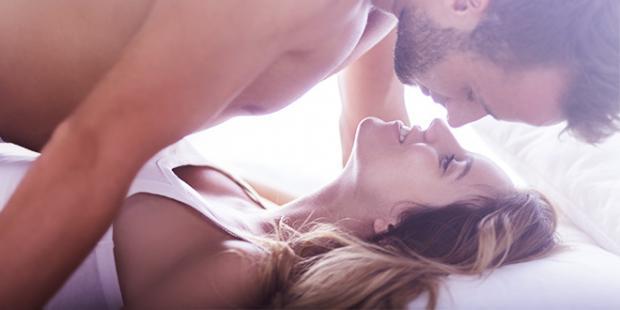 """10 ide për më shumë """"lojra"""" erotike në çift"""