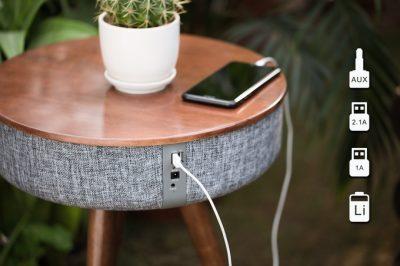 Një tavolinë e thjeshtë apo boks me bluetooth