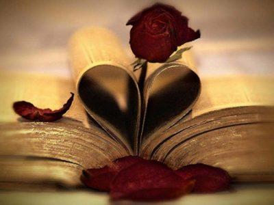 """""""Një rrëfim për dashurinë…"""" Dhurata romantike për Shën Valentin"""