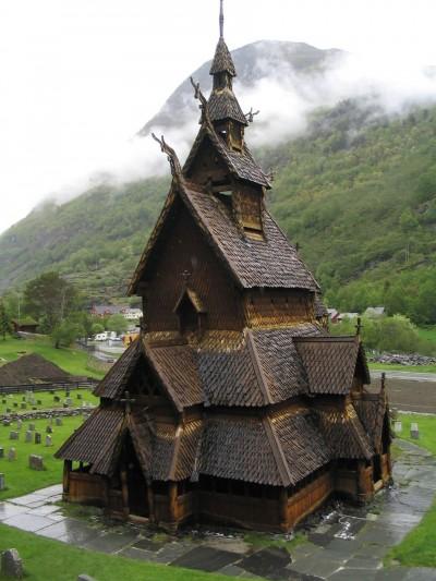Foto e arkitekturave si të dala nga përrallat në Norvegji