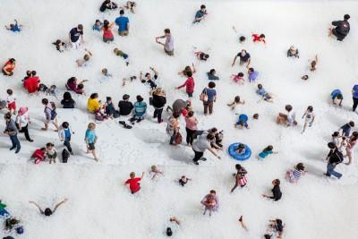 Zhytu në 1.000.000 topa plastikë të reciklueshëm ne Muzeun e Washingtonit