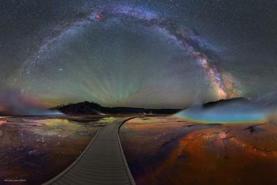 Rruga e Qumështit mbi Parkun Yellowstone do ju lërë pa frymë